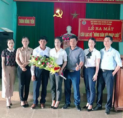 """Xã Kỳ Khang: Tổ chức Lễ ra mắt Câu lạc bộ """" Nông dân với pháp luật"""""""