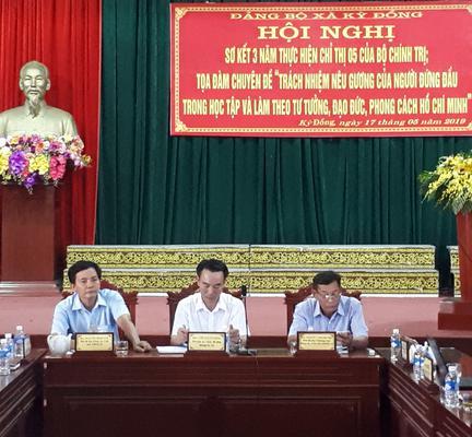 Trách nhiệm nêu gương của người đứng đầu trong học tập và làm theo tư tưởng, đạo đức, phong cách Hồ Chí Minh